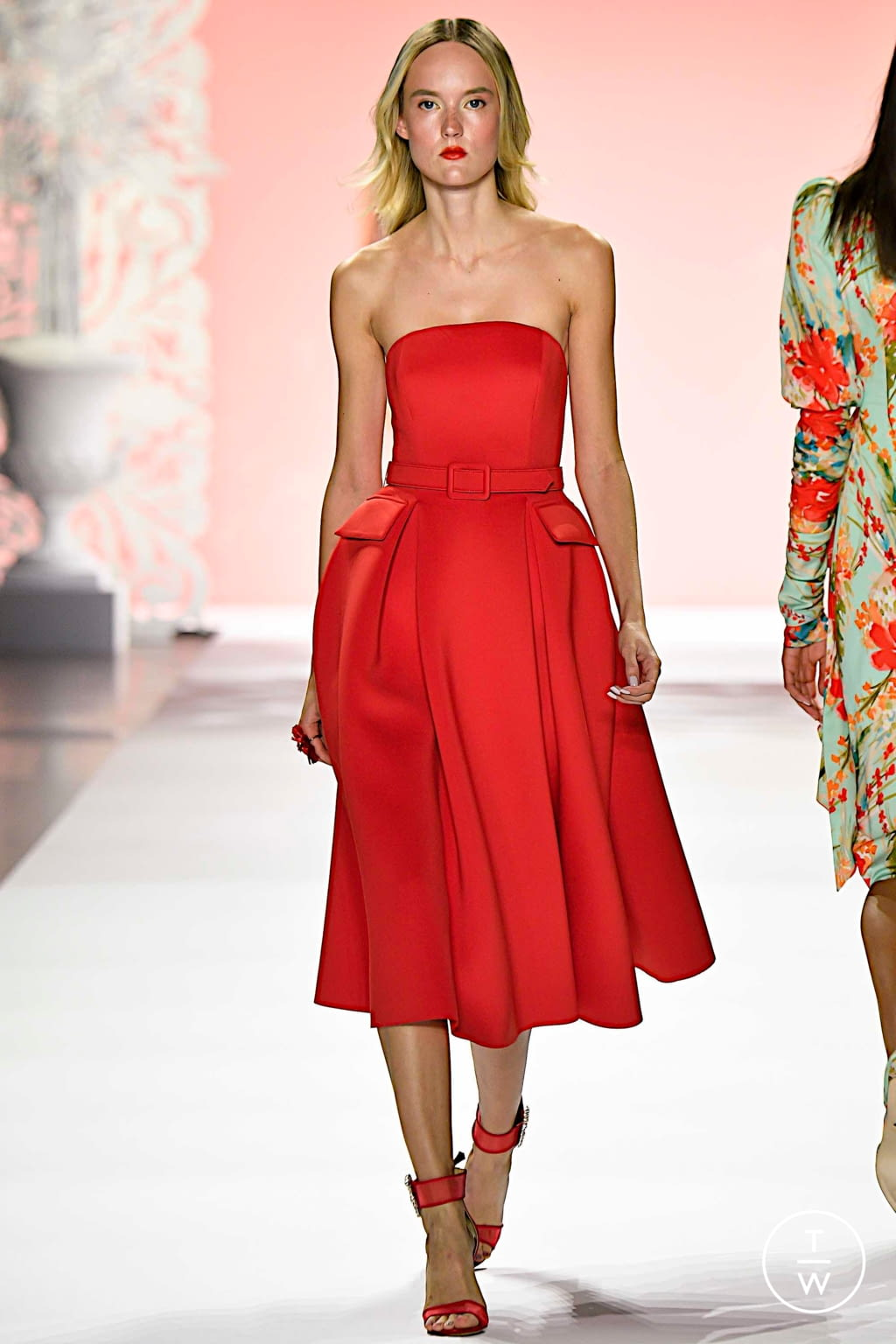 Fashion Week New York Spring/Summer 2020 look 4 from the Badgley Mischka collection womenswear