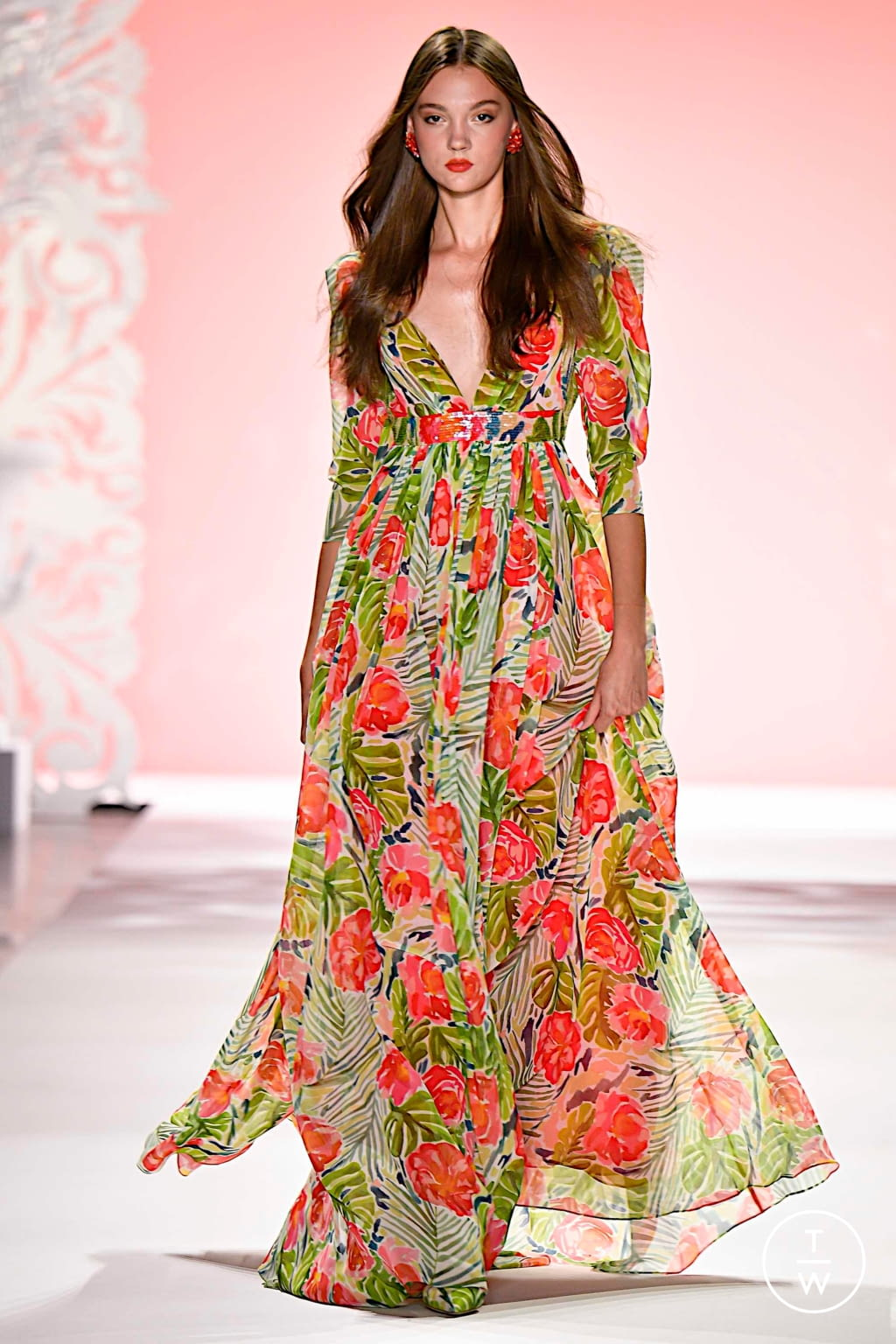 Fashion Week New York Spring/Summer 2020 look 11 from the Badgley Mischka collection womenswear