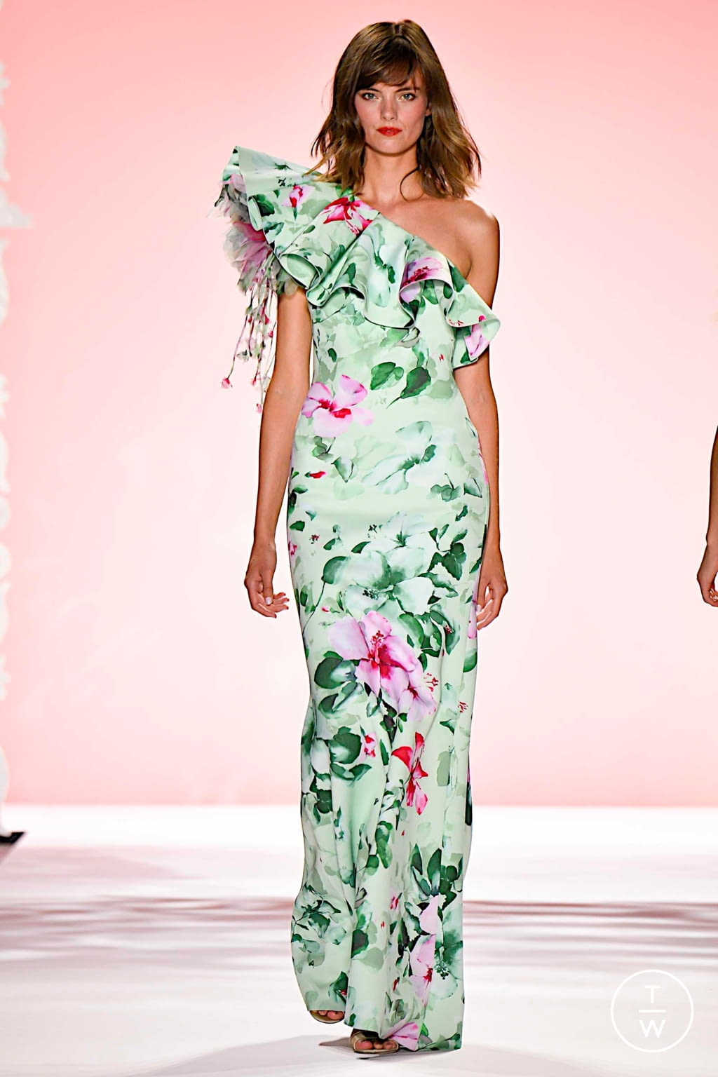 Fashion Week New York Spring/Summer 2020 look 14 from the Badgley Mischka collection womenswear