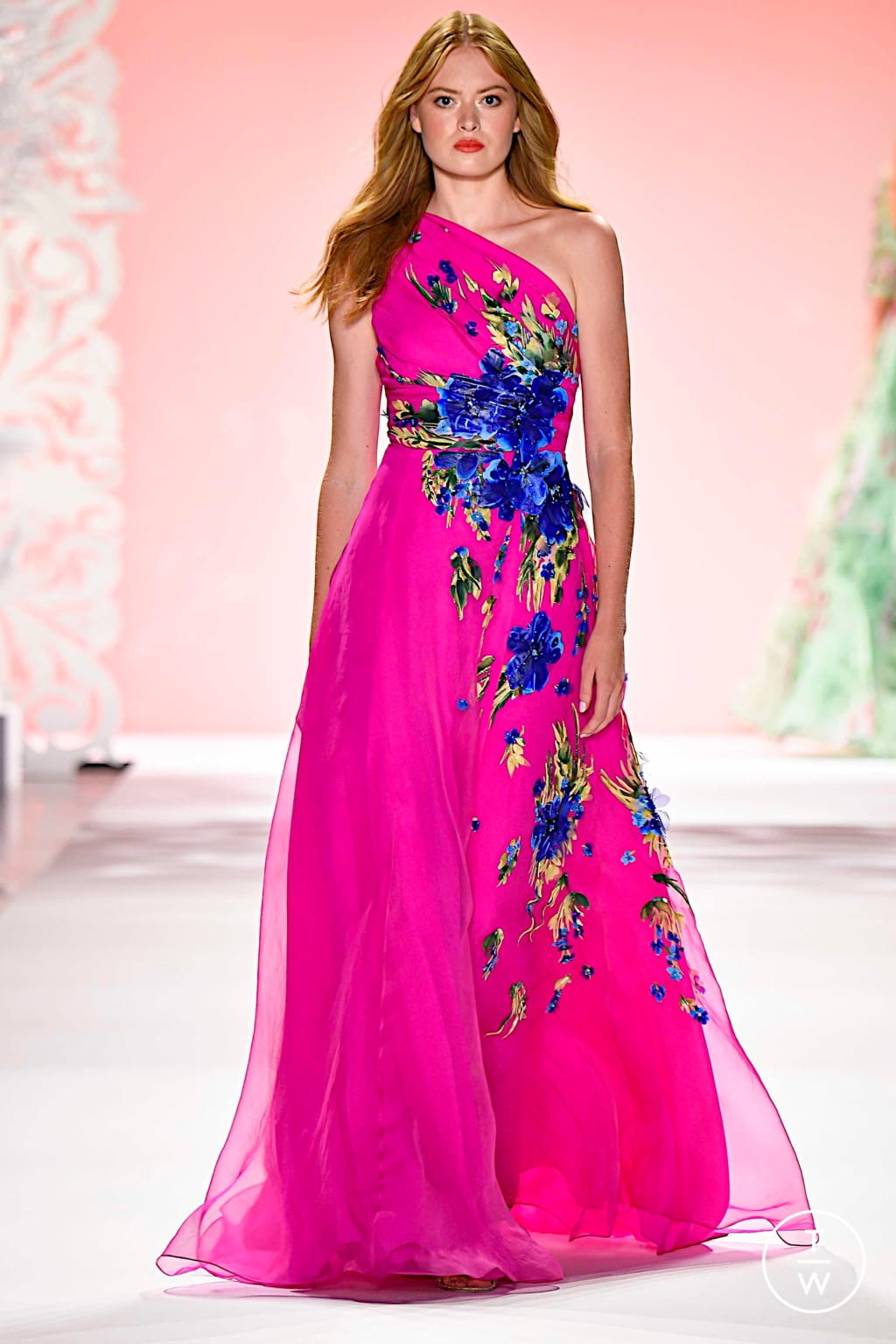 Fashion Week New York Spring/Summer 2020 look 19 from the Badgley Mischka collection womenswear