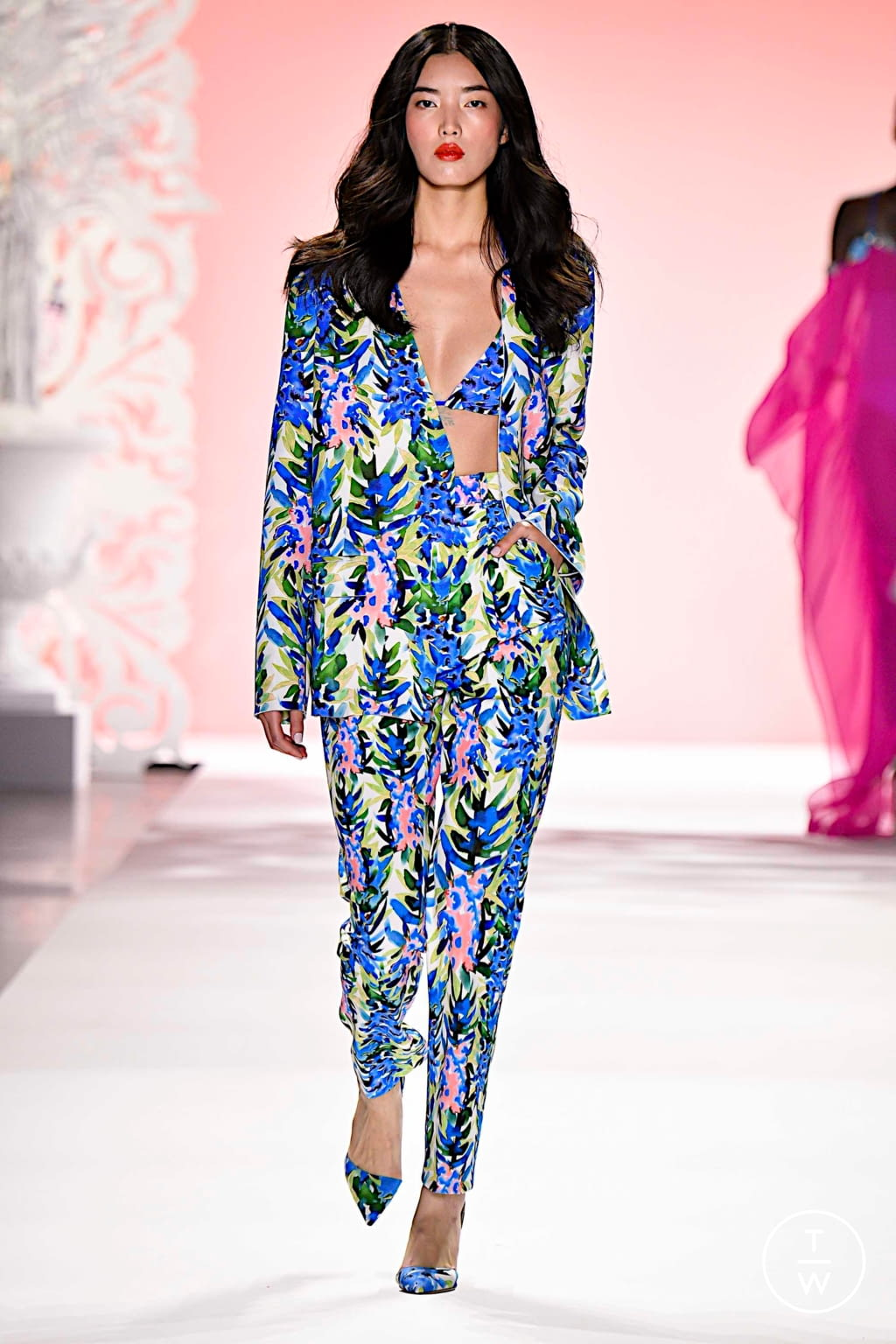 Fashion Week New York Spring/Summer 2020 look 24 from the Badgley Mischka collection womenswear
