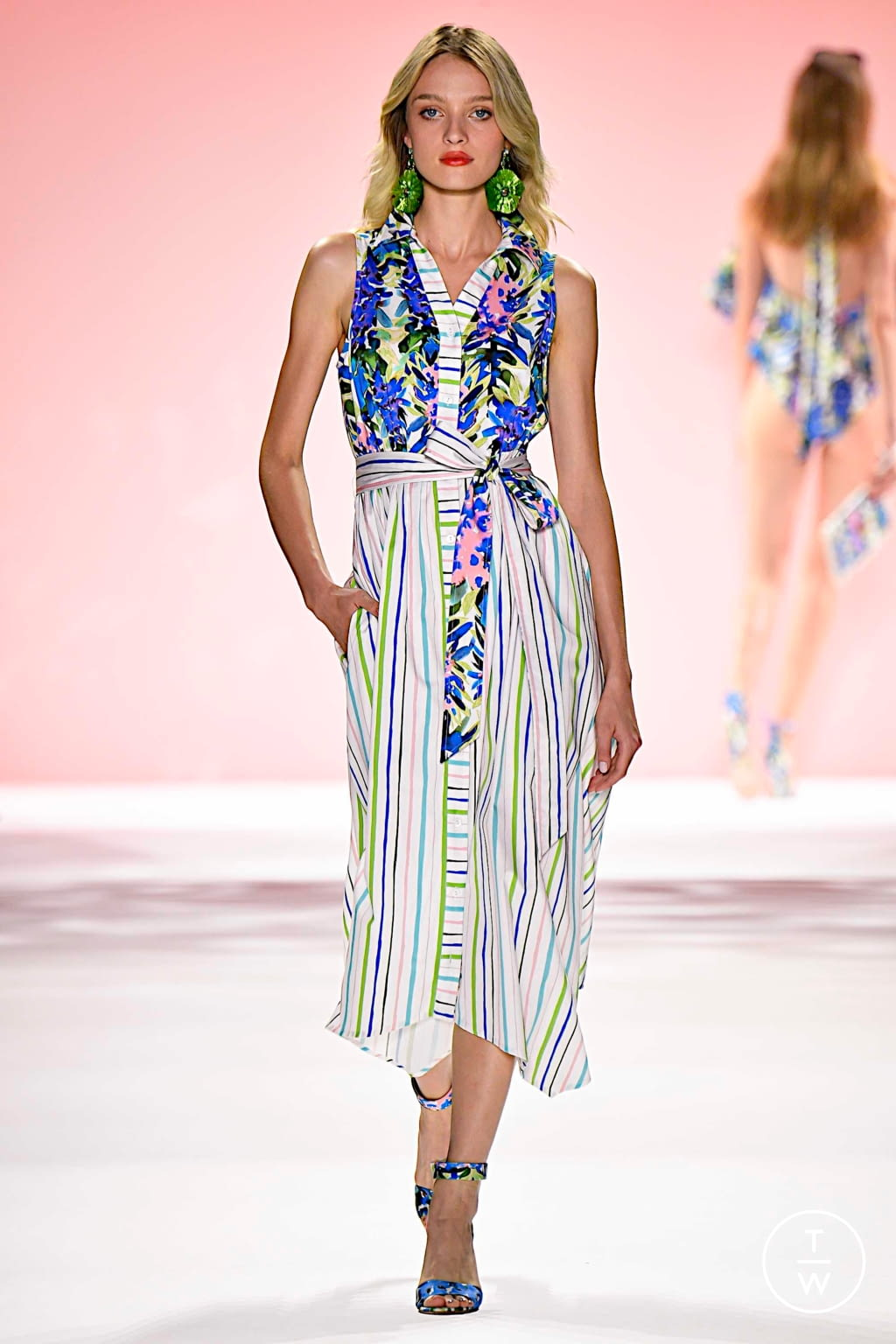 Fashion Week New York Spring/Summer 2020 look 22 from the Badgley Mischka collection womenswear