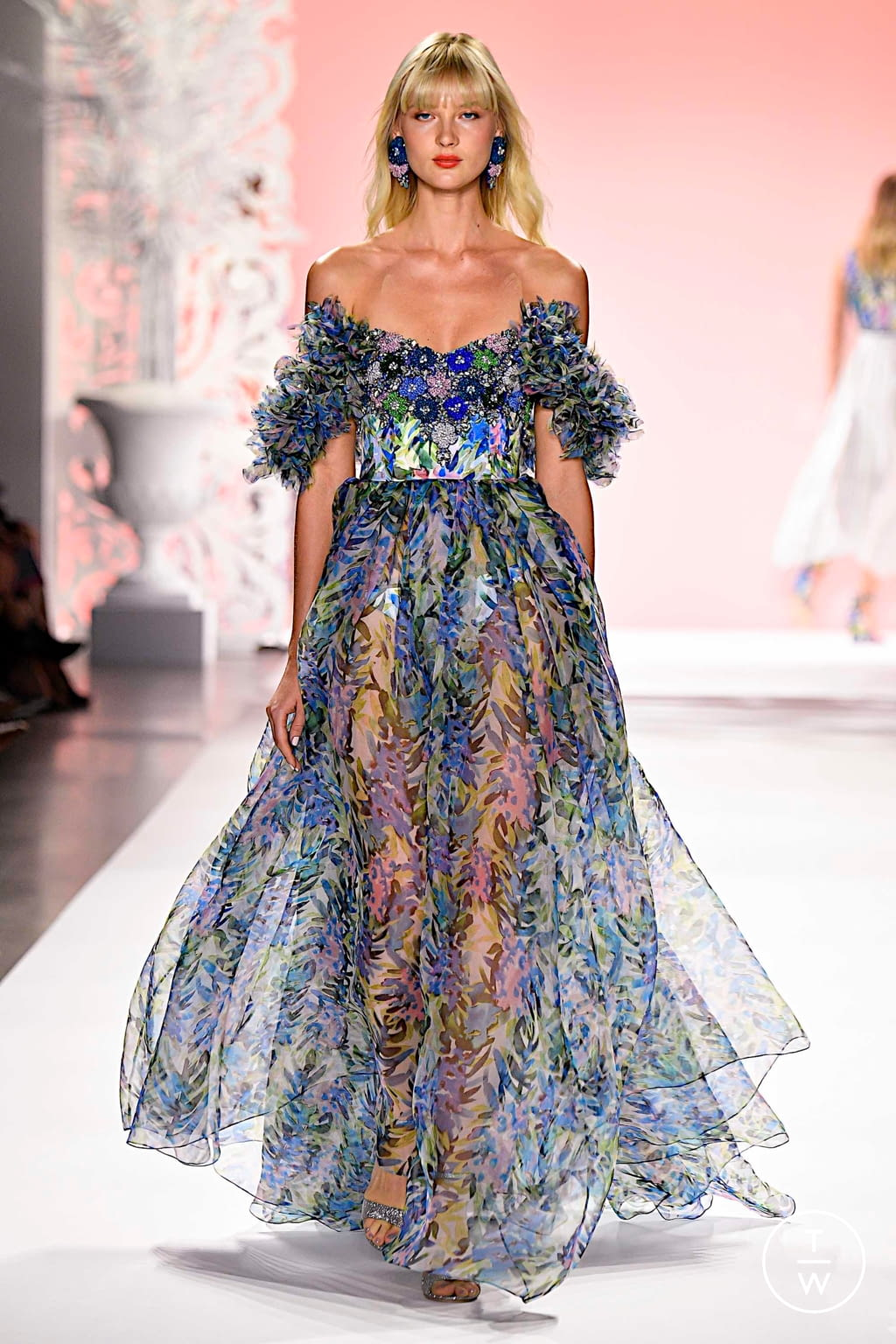 Fashion Week New York Spring/Summer 2020 look 25 from the Badgley Mischka collection womenswear