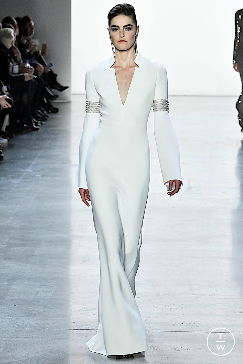 Fashion Week New York Fall/Winter 2019 look 8 from the Badgley Mischka collection womenswear
