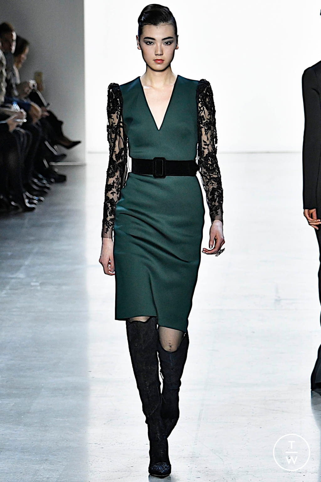Fashion Week New York Fall/Winter 2019 look 11 from the Badgley Mischka collection womenswear