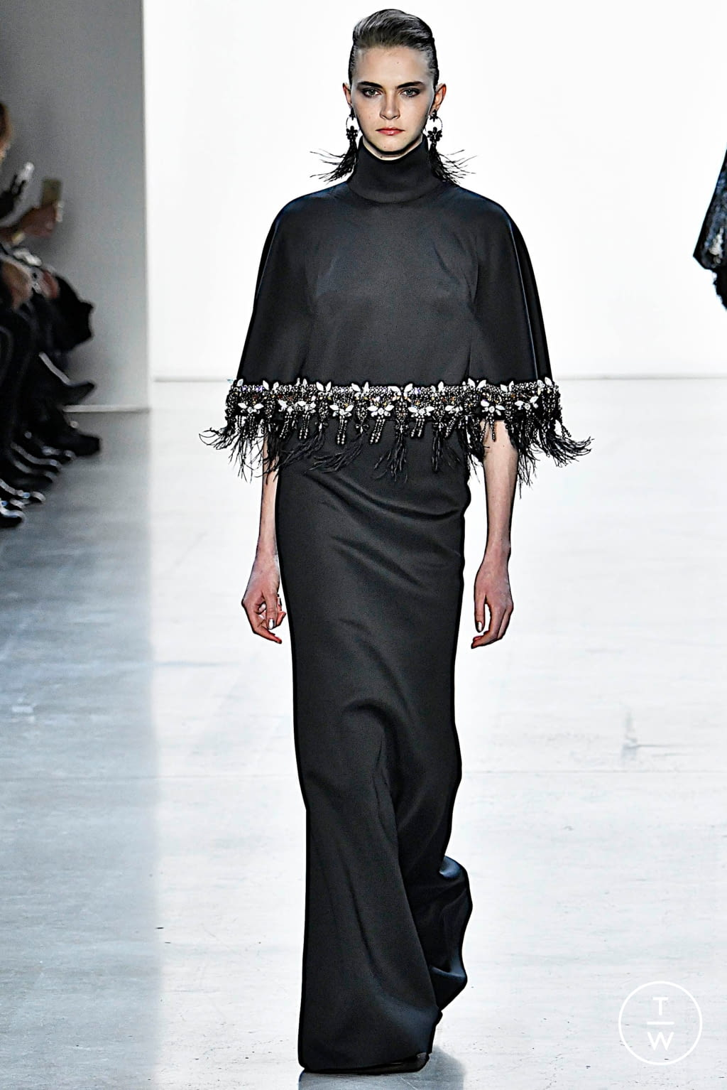 Fashion Week New York Fall/Winter 2019 look 17 from the Badgley Mischka collection womenswear