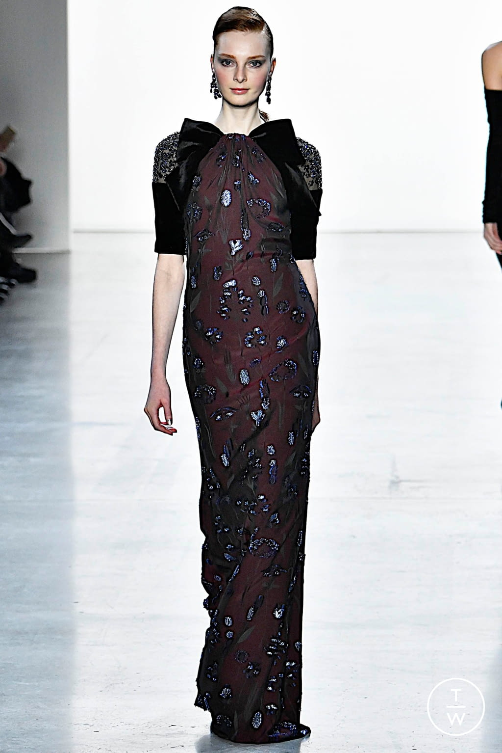 Fashion Week New York Fall/Winter 2019 look 19 from the Badgley Mischka collection womenswear