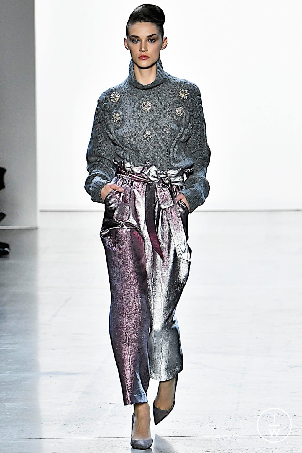 Fashion Week New York Fall/Winter 2019 look 24 from the Badgley Mischka collection womenswear