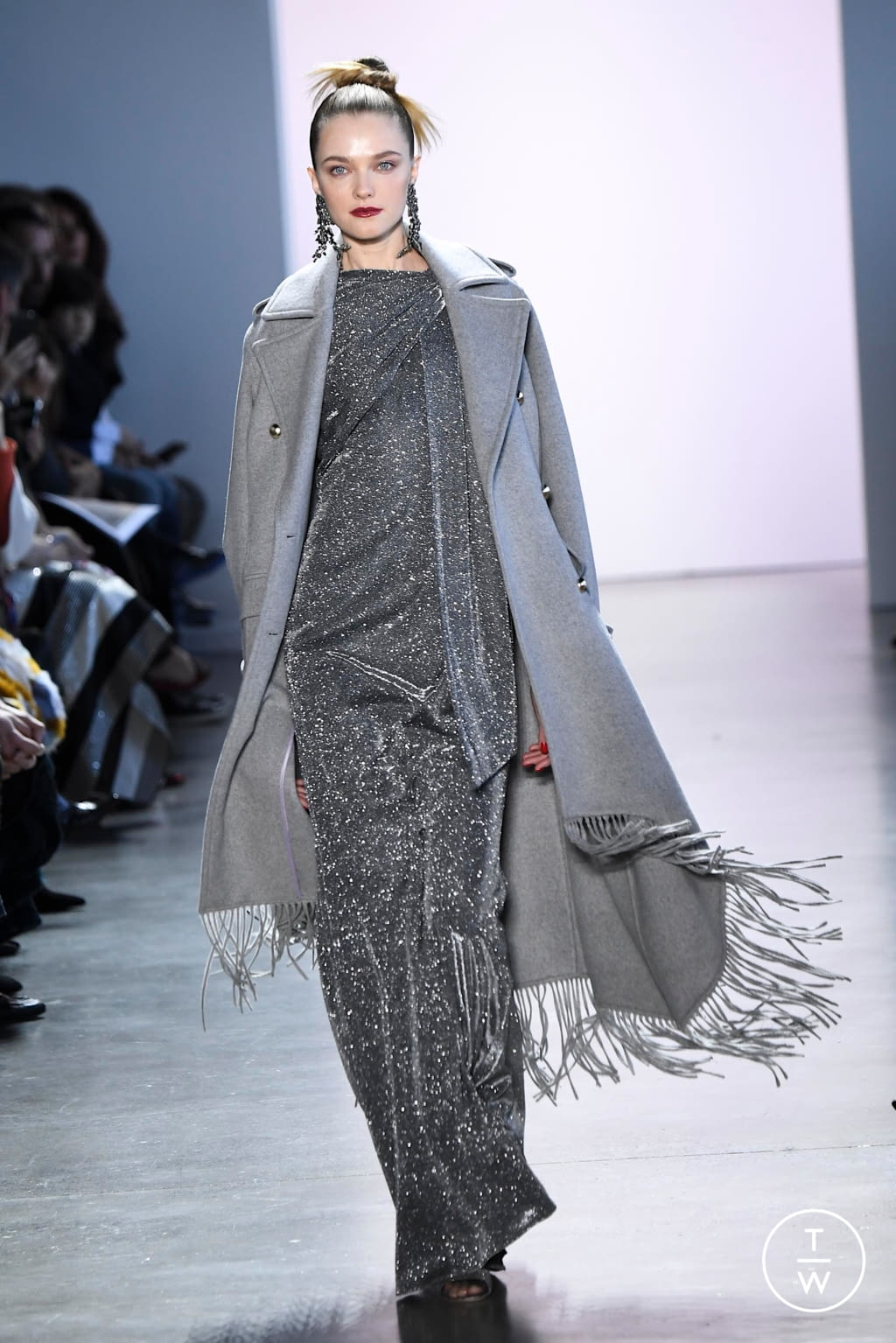 Fashion Week New York Fall/Winter 2020 look 7 from the Badgley Mischka collection womenswear