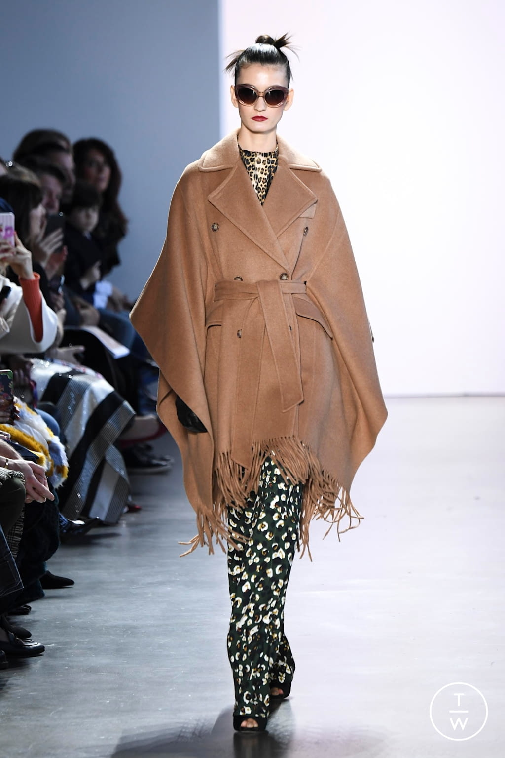 Fashion Week New York Fall/Winter 2020 look 9 from the Badgley Mischka collection womenswear