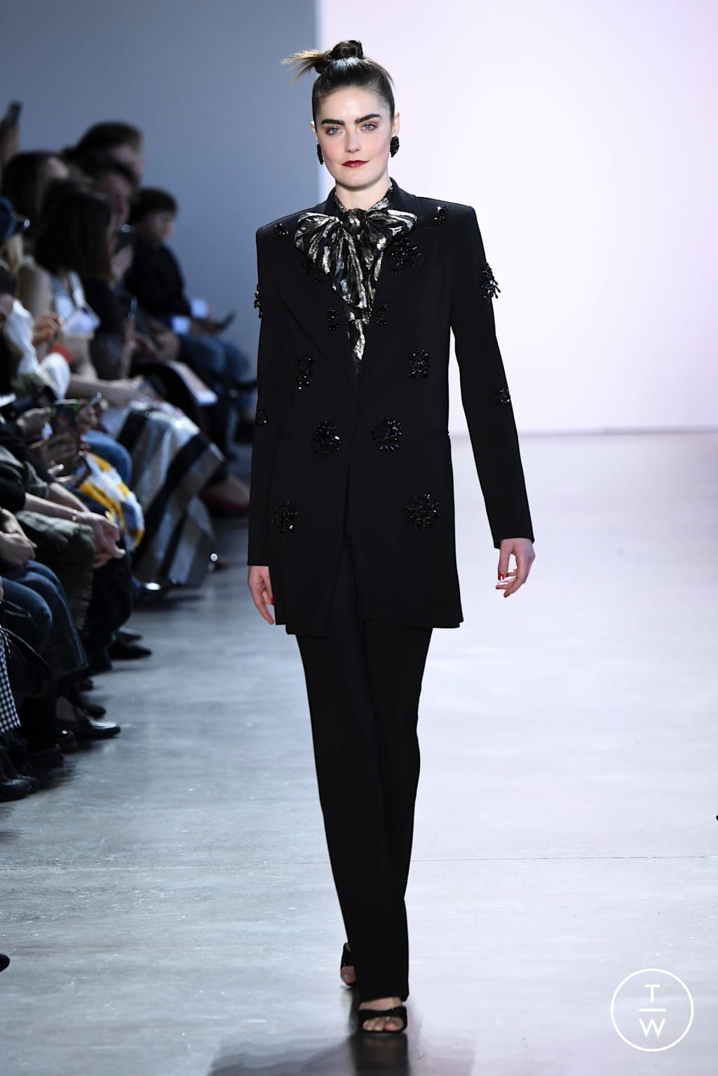 Fashion Week New York Fall/Winter 2020 look 16 from the Badgley Mischka collection womenswear