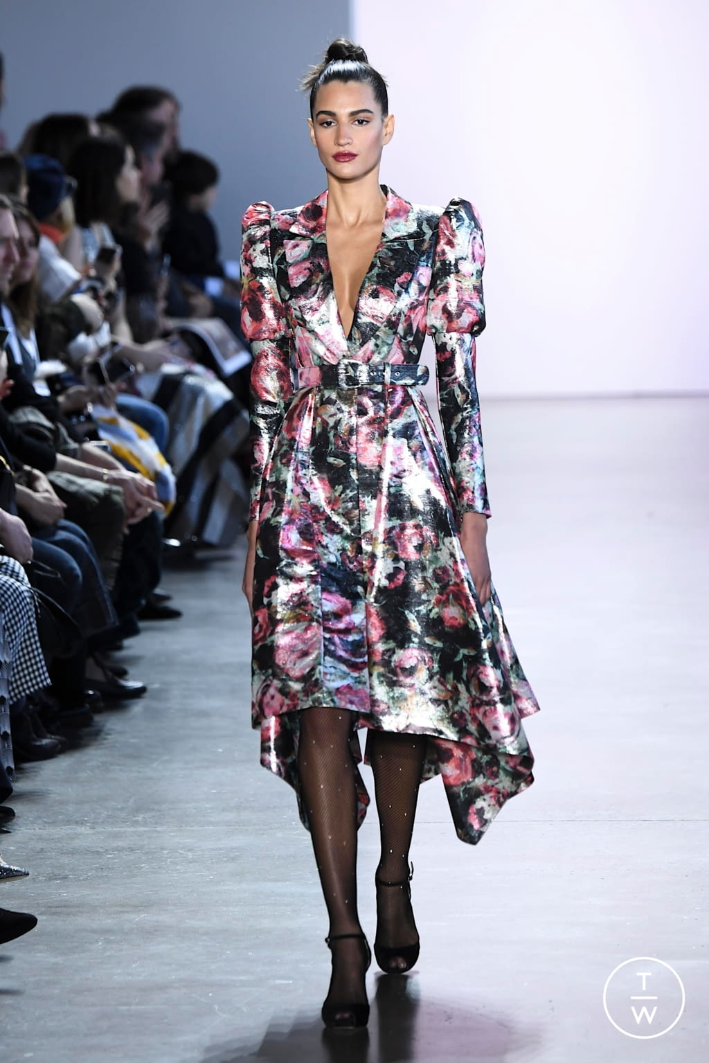 Fashion Week New York Fall/Winter 2020 look 18 from the Badgley Mischka collection womenswear