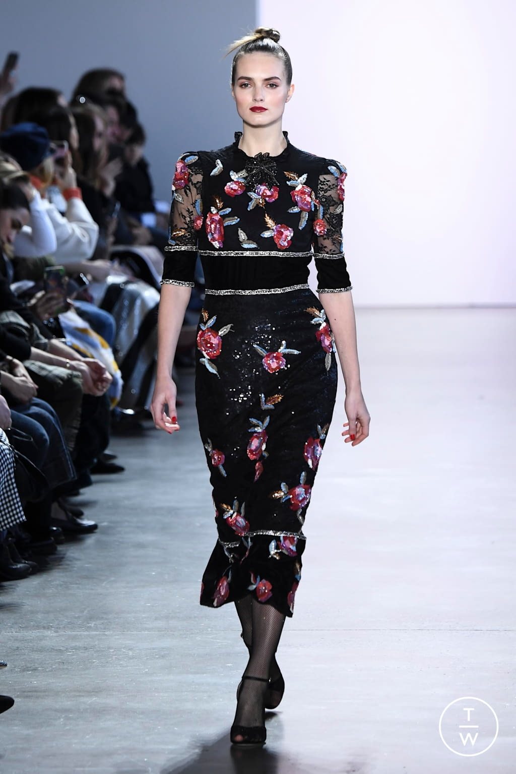Fashion Week New York Fall/Winter 2020 look 20 from the Badgley Mischka collection womenswear