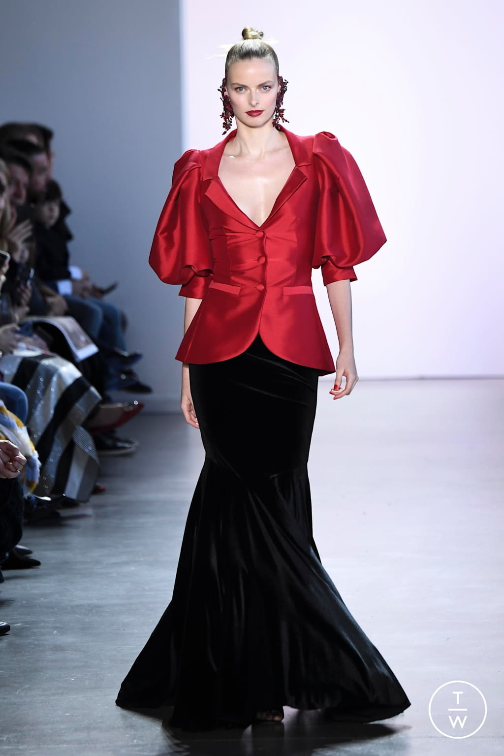 Fashion Week New York Fall/Winter 2020 look 21 from the Badgley Mischka collection womenswear