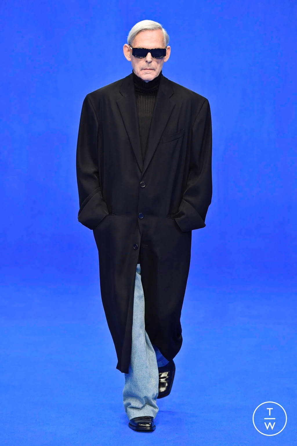 Fashion Week Paris Spring/Summer 2020 look 14 from the Balenciaga collection menswear