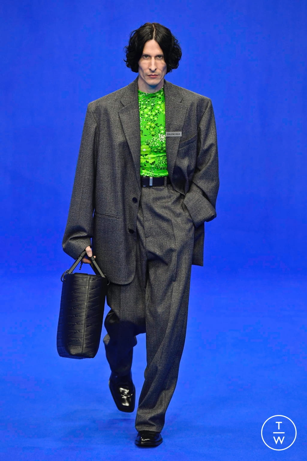 Fashion Week Paris Spring/Summer 2020 look 16 from the Balenciaga collection menswear