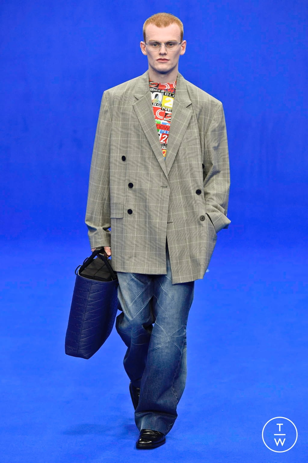 Fashion Week Paris Spring/Summer 2020 look 20 from the Balenciaga collection menswear