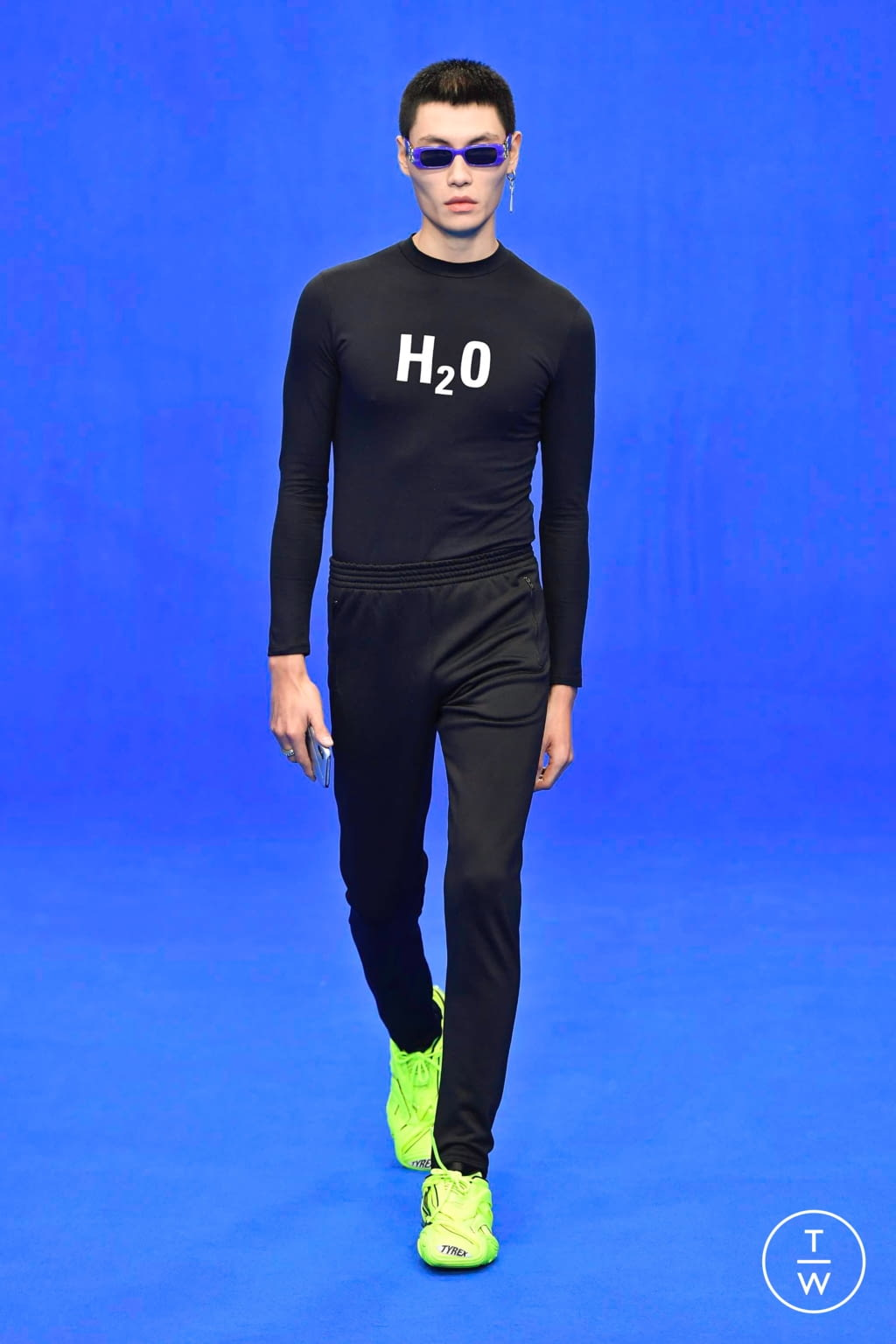 Fashion Week Paris Spring/Summer 2020 look 42 from the Balenciaga collection menswear