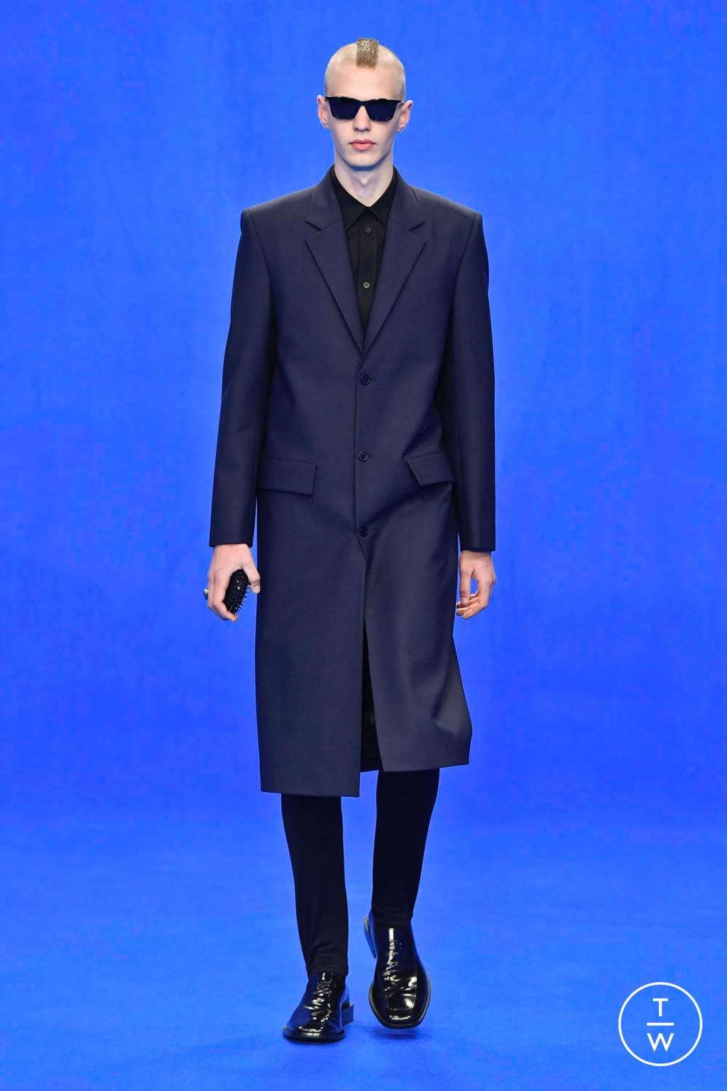 Fashion Week Paris Spring/Summer 2020 look 76 from the Balenciaga collection menswear