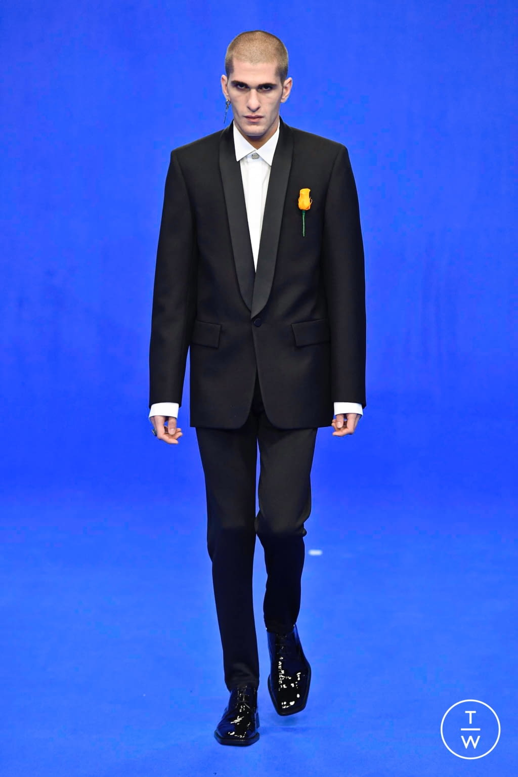Fashion Week Paris Spring/Summer 2020 look 84 from the Balenciaga collection menswear