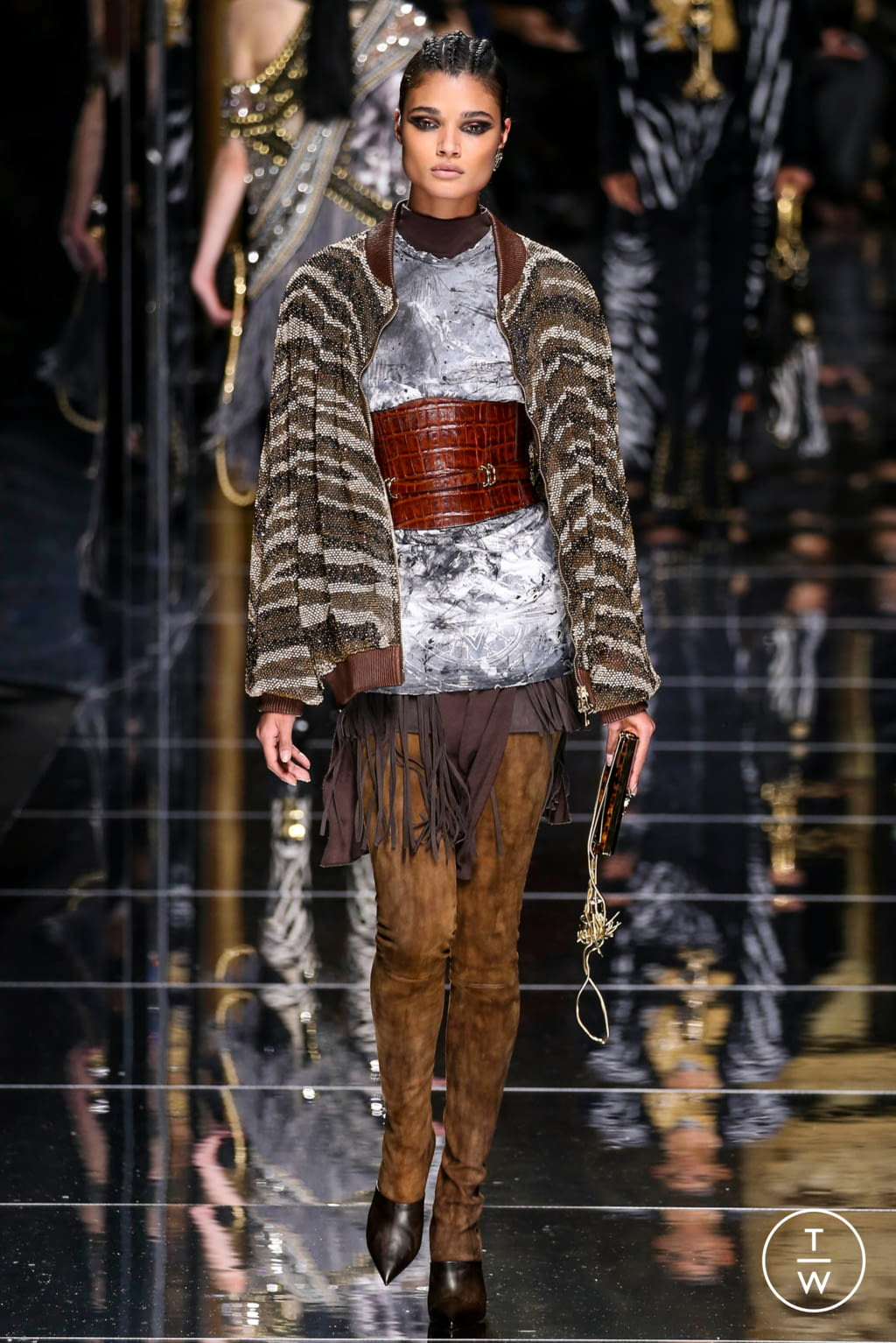Fashion Week Paris Fall/Winter 2017 look 41 from the Balmain collection 女装