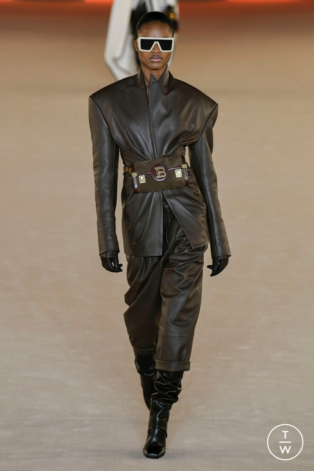 Fashion Week Paris Fall/Winter 2020 look 9 from the Balmain collection womenswear