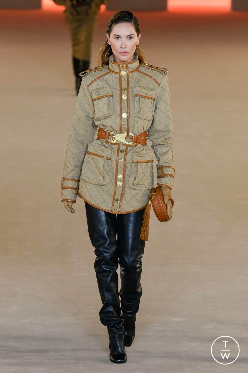 Fashion Week Paris Fall/Winter 2020 look 13 de la collection Balmain womenswear