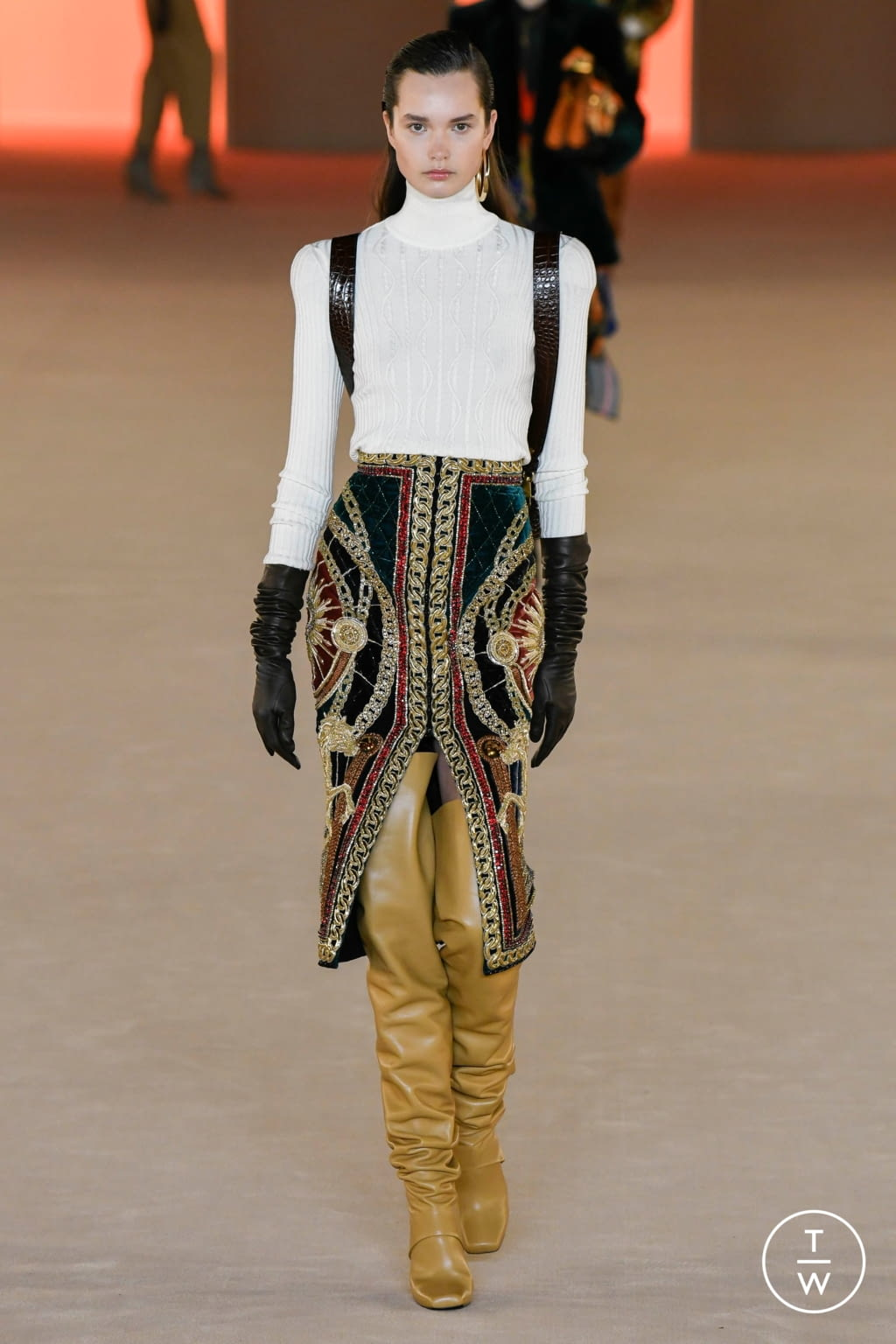 Fashion Week Paris Fall/Winter 2020 look 22 de la collection Balmain womenswear
