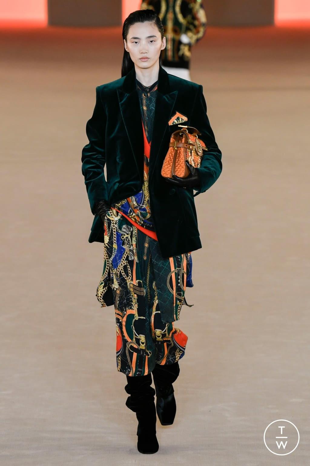 Fashion Week Paris Fall/Winter 2020 look 23 de la collection Balmain womenswear