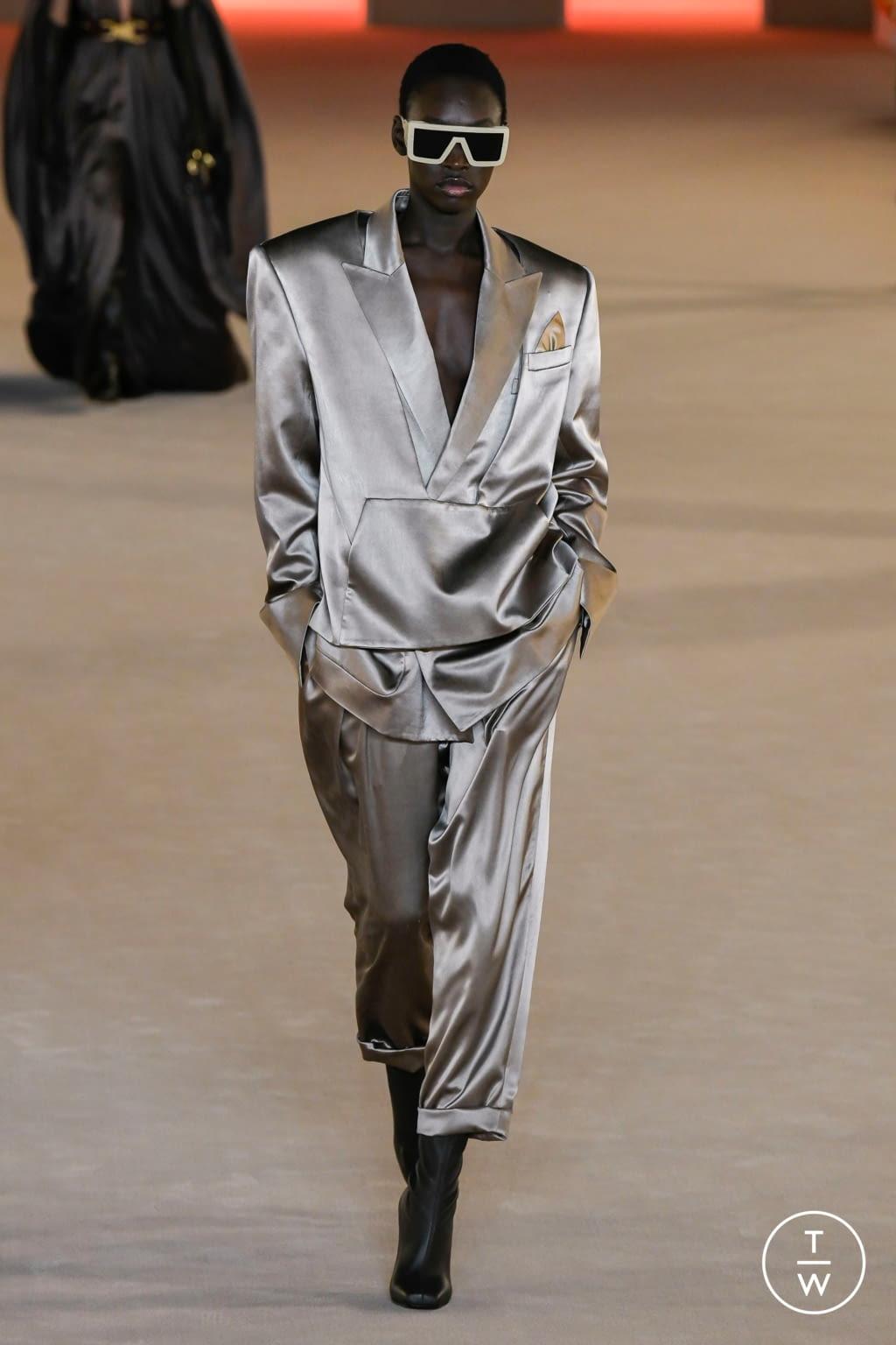 Fashion Week Paris Fall/Winter 2020 look 54 from the Balmain collection womenswear