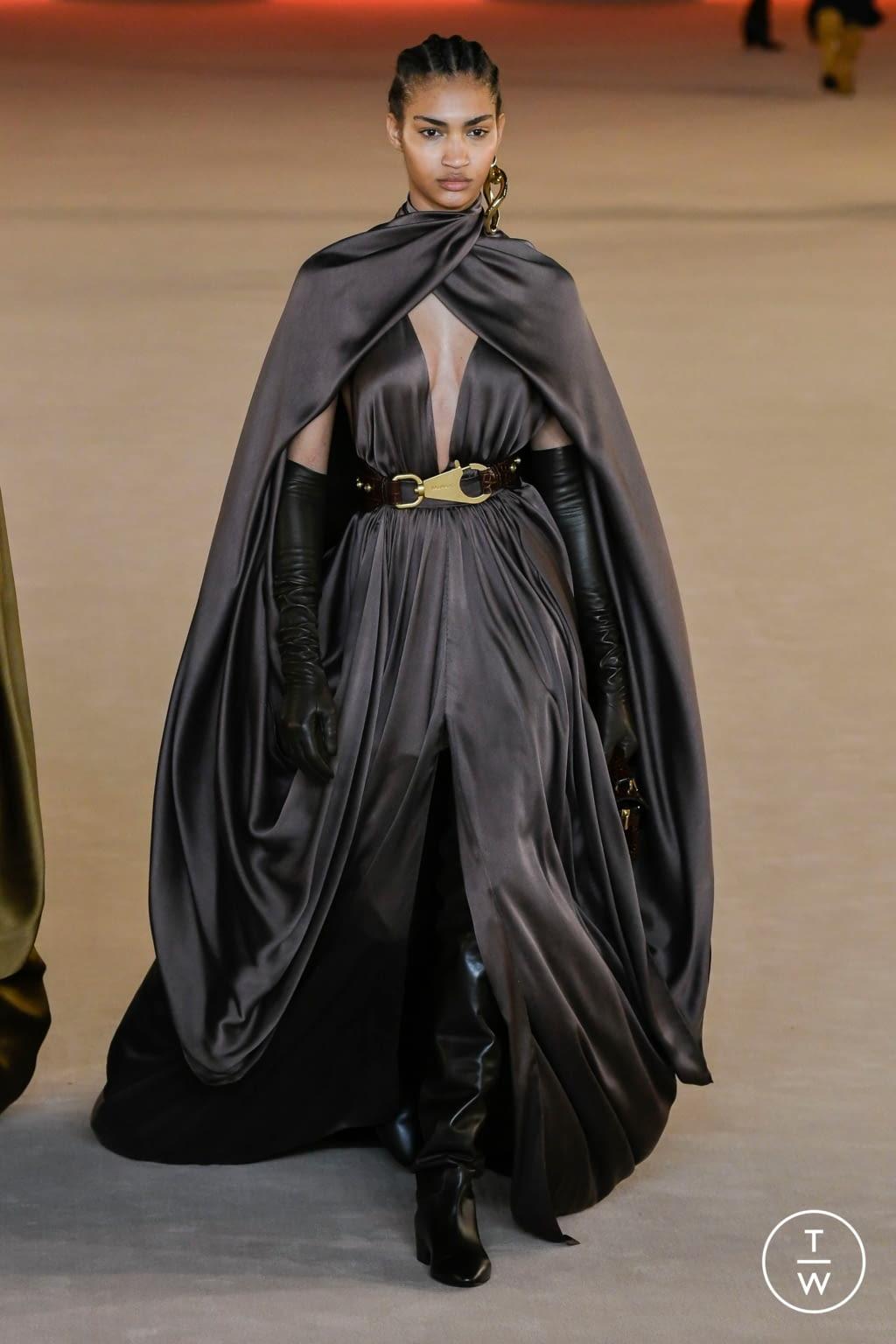 Fashion Week Paris Fall/Winter 2020 look 58 from the Balmain collection womenswear