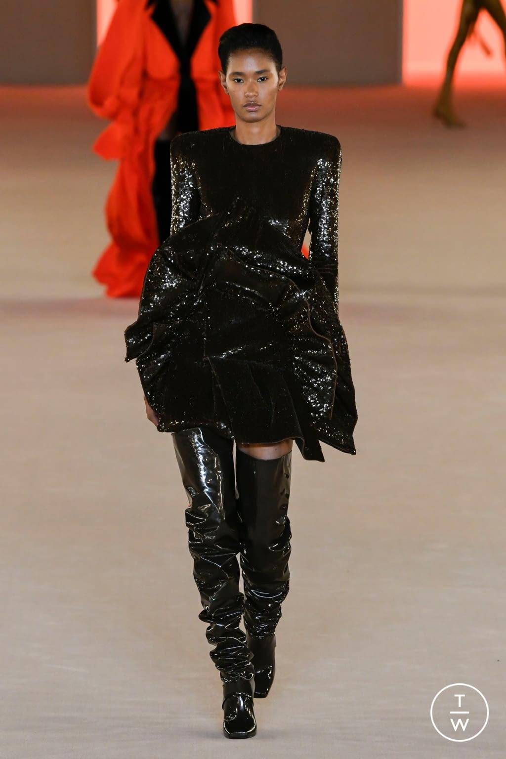 Fashion Week Paris Fall/Winter 2020 look 65 from the Balmain collection womenswear