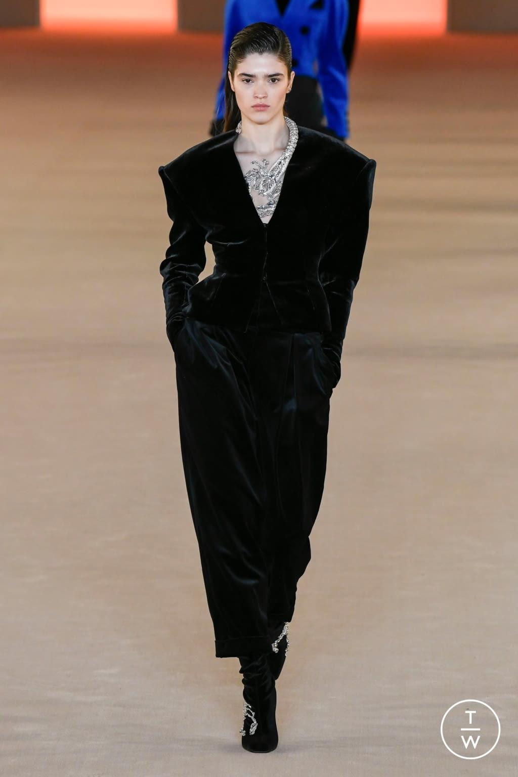 Fashion Week Paris Fall/Winter 2020 look 66 from the Balmain collection womenswear