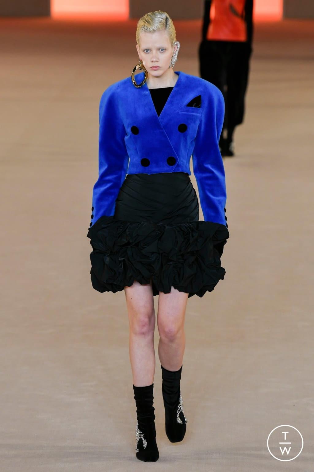 Fashion Week Paris Fall/Winter 2020 look 68 from the Balmain collection womenswear