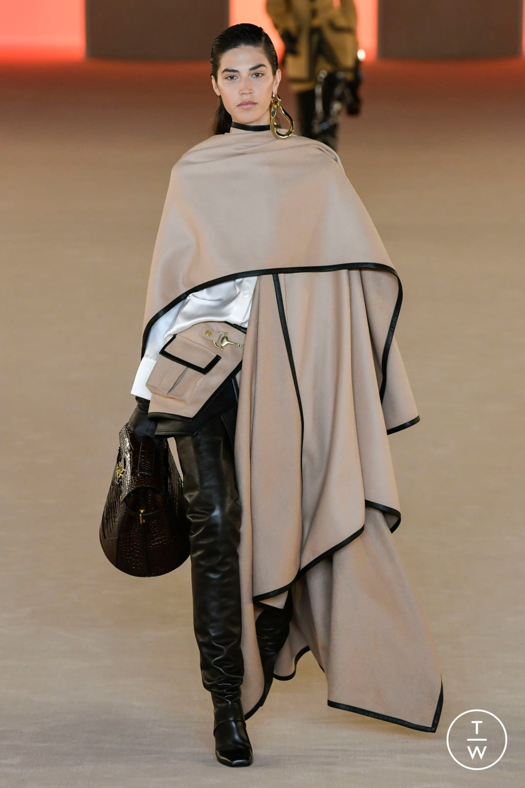 Fashion Week Paris Fall/Winter 2020 look 80 from the Balmain collection womenswear
