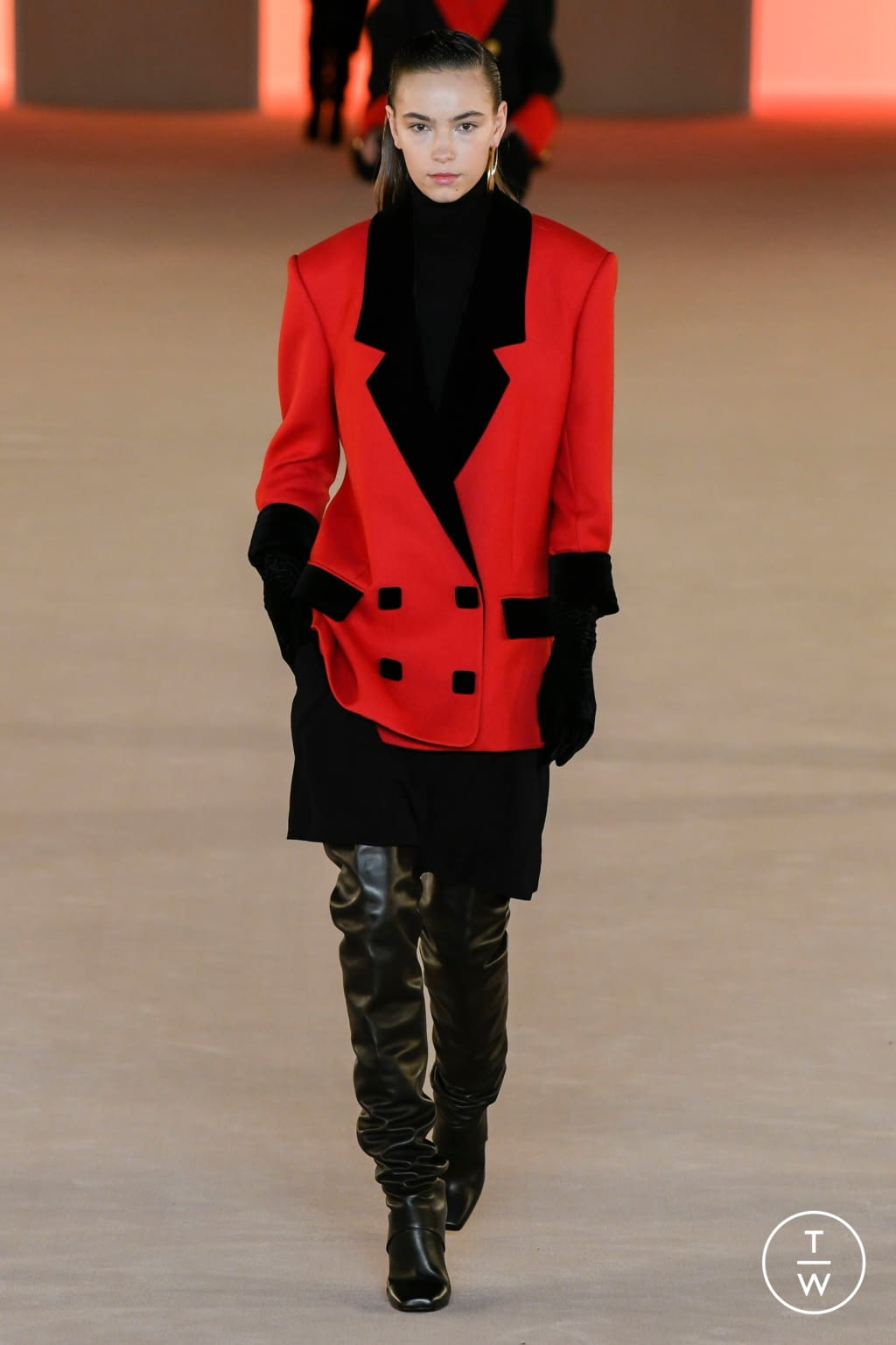 Fashion Week Paris Fall/Winter 2020 look 76 from the Balmain collection womenswear
