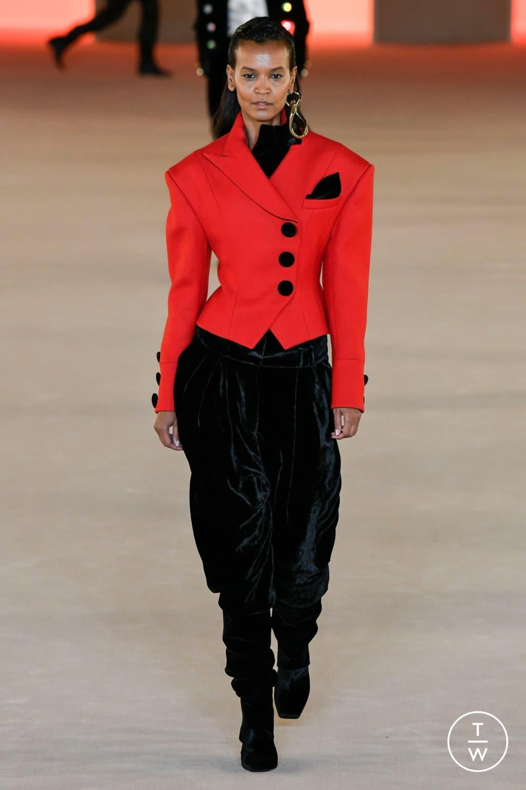 Fashion Week Paris Fall/Winter 2020 look 77 from the Balmain collection womenswear