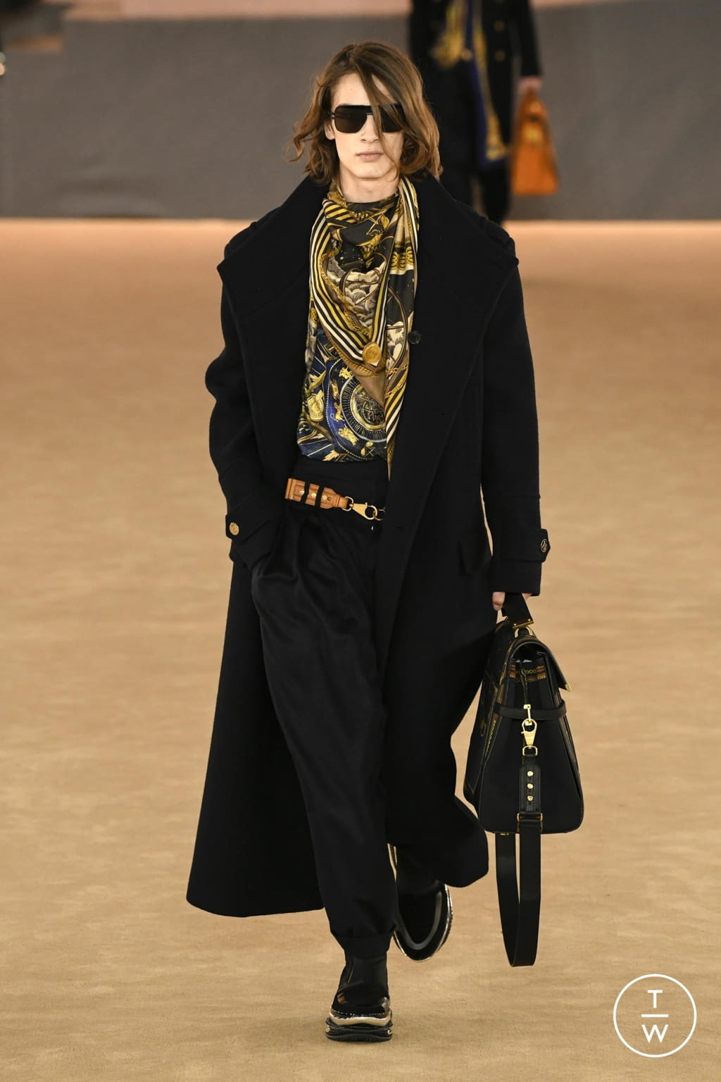 Fashion Week Paris Fall/Winter 2020 look 23 from the Balmain collection 男装
