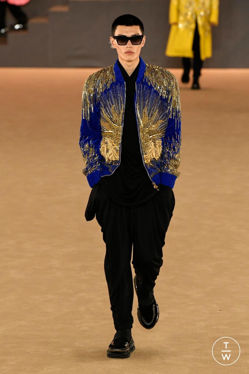 Fashion Week Paris Fall/Winter 2020 look 40 from the Balmain collection menswear
