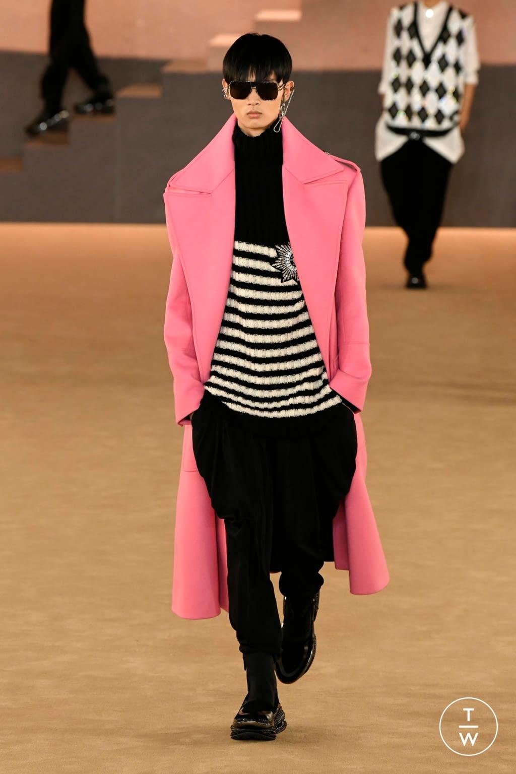 Fashion Week Paris Fall/Winter 2020 look 44 from the Balmain collection menswear