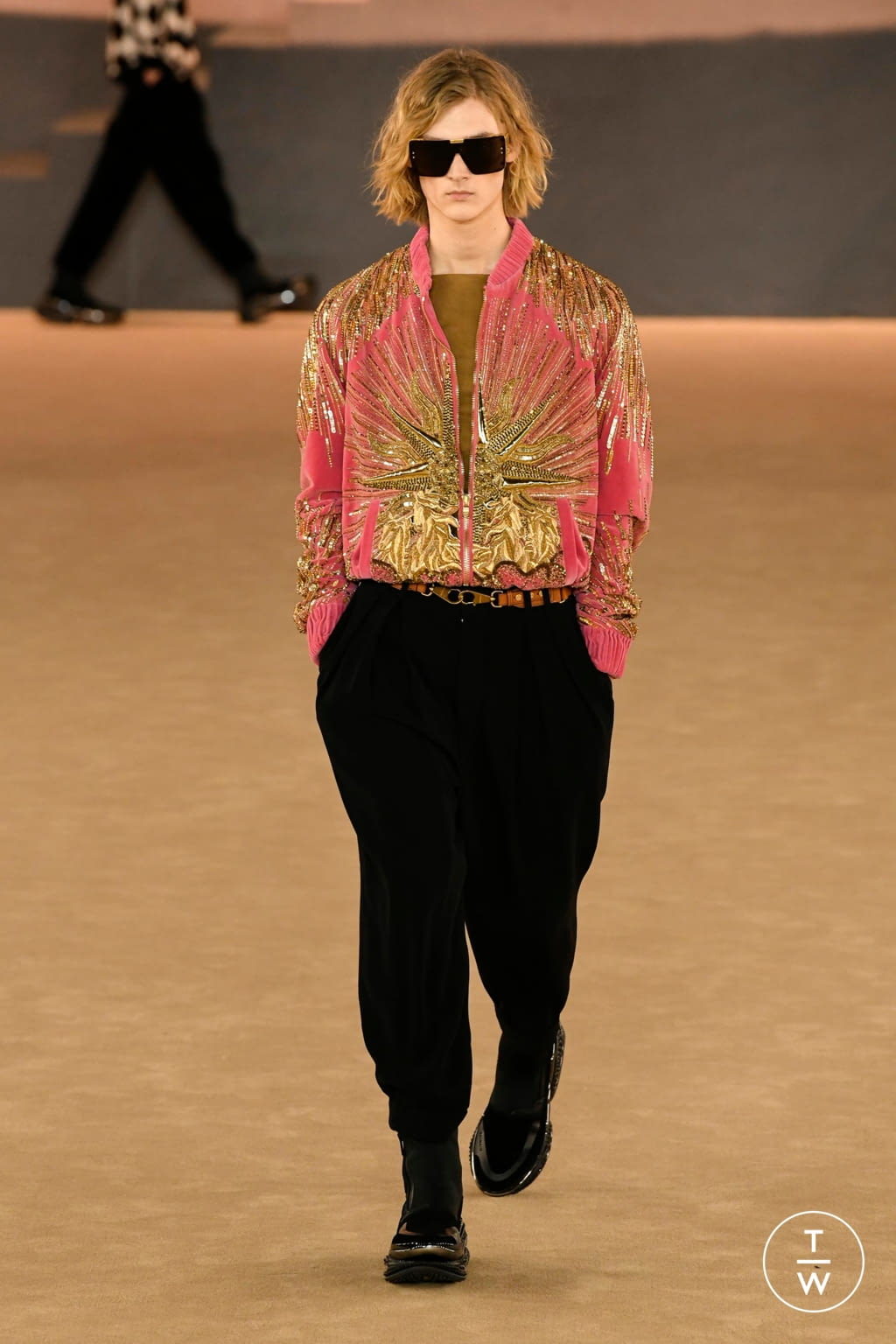 Fashion Week Paris Fall/Winter 2020 look 46 from the Balmain collection menswear