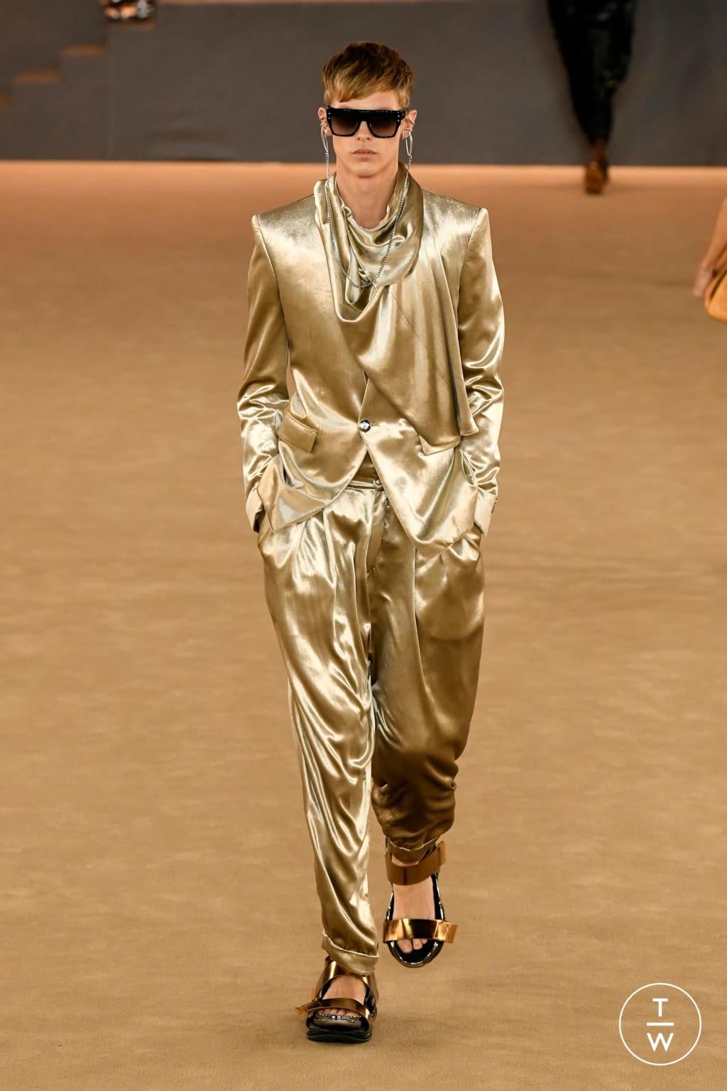 Fashion Week Paris Fall/Winter 2020 look 66 from the Balmain collection menswear