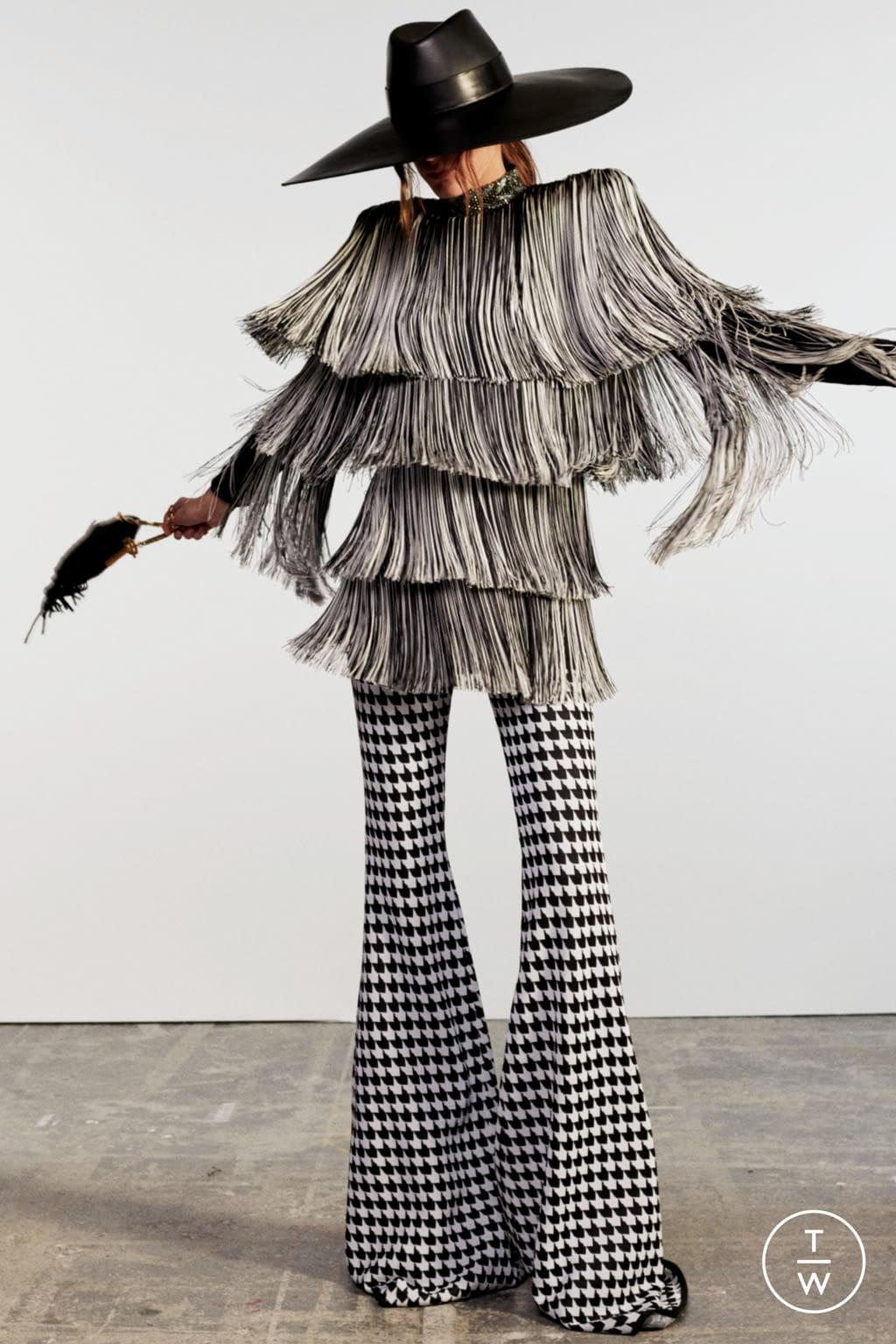 Fashion Week Paris Resort 2020 look 33 de la collection Balmain womenswear