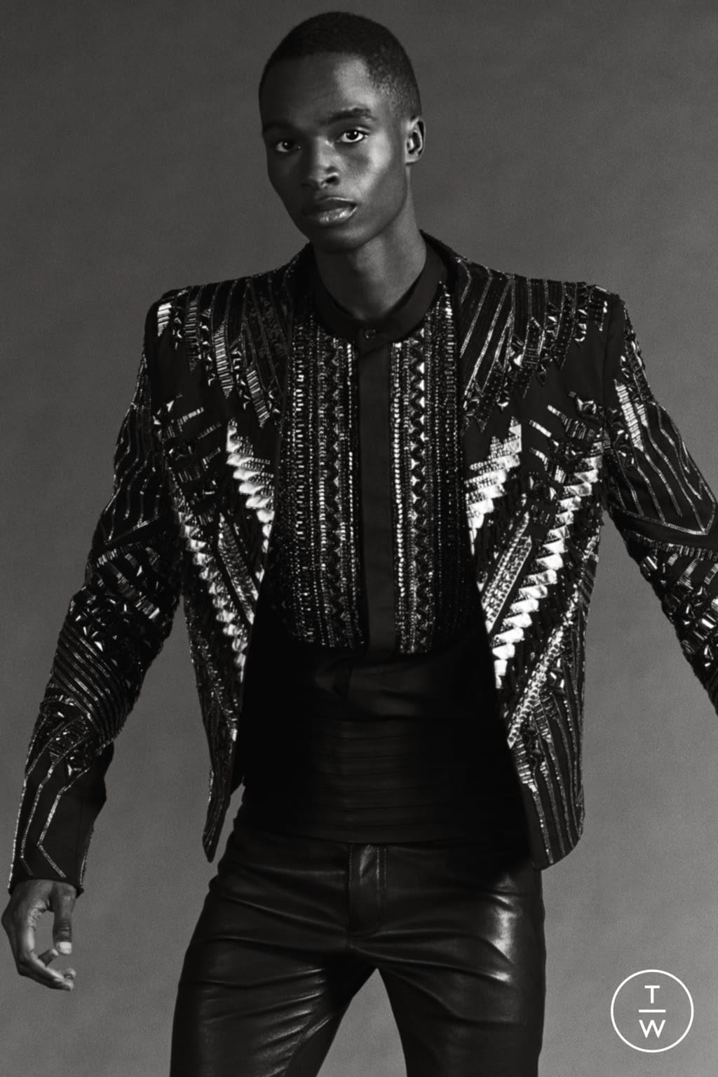 Fashion Week Paris Resort 2020 look 61 from the Balmain collection womenswear