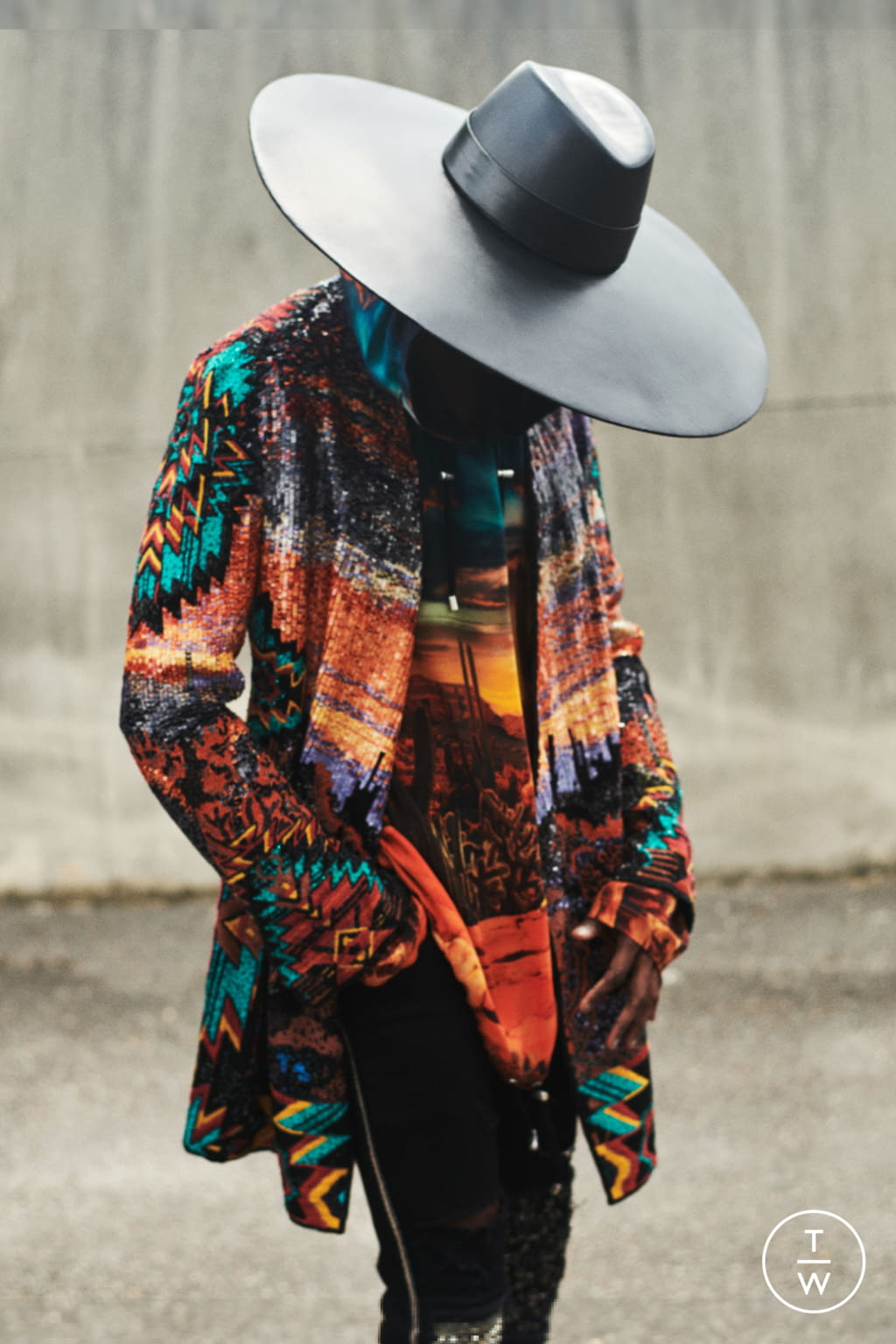 Fashion Week Paris Resort 2020 look 9 from the Balmain collection womenswear