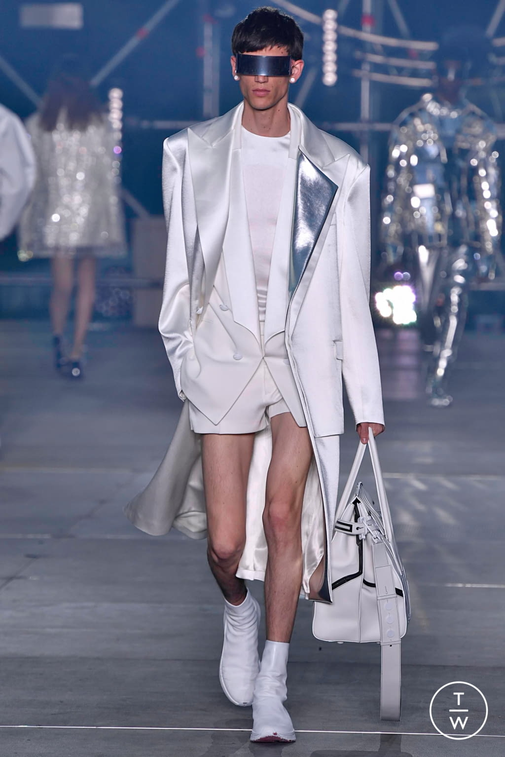 Fiori Bianchi E Gialli Undici Lettere.Balmain Ss20 Menswear 11 The Fashion Search Engine Tagwalk