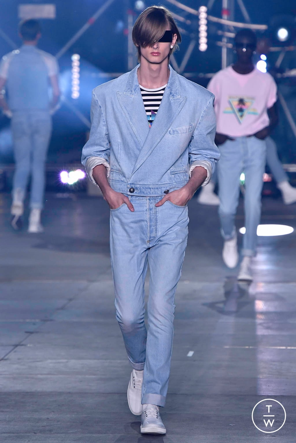 Fashion Week Paris Spring/Summer 2020 look 23 from the Balmain collection menswear