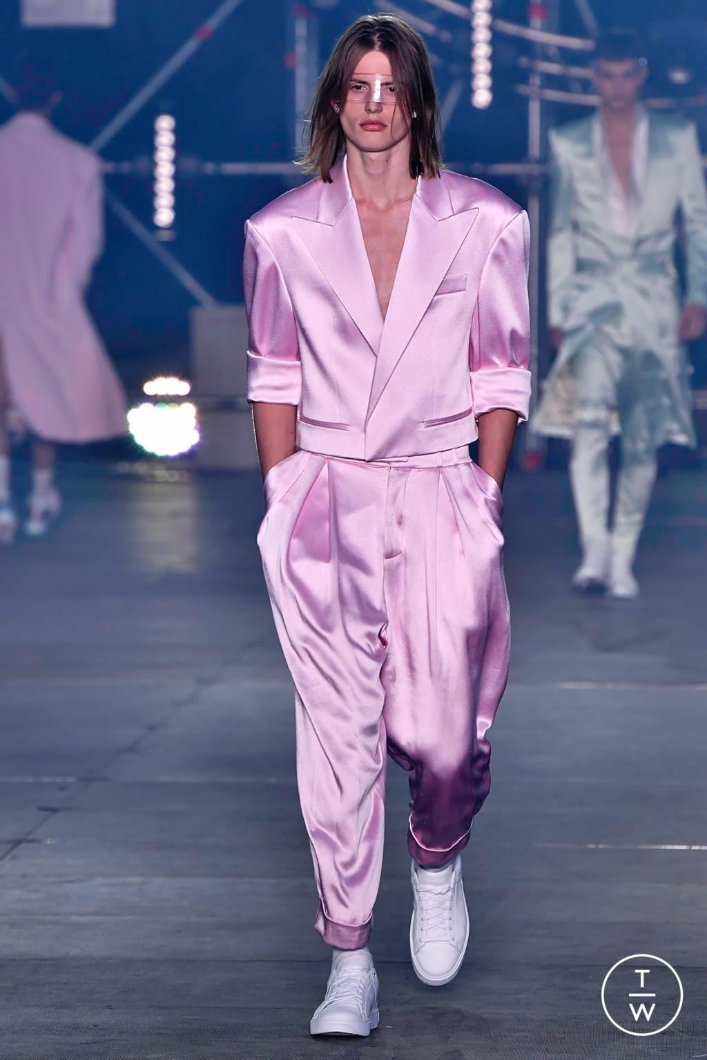 Fashion Week Paris Spring/Summer 2020 look 38 from the Balmain collection menswear