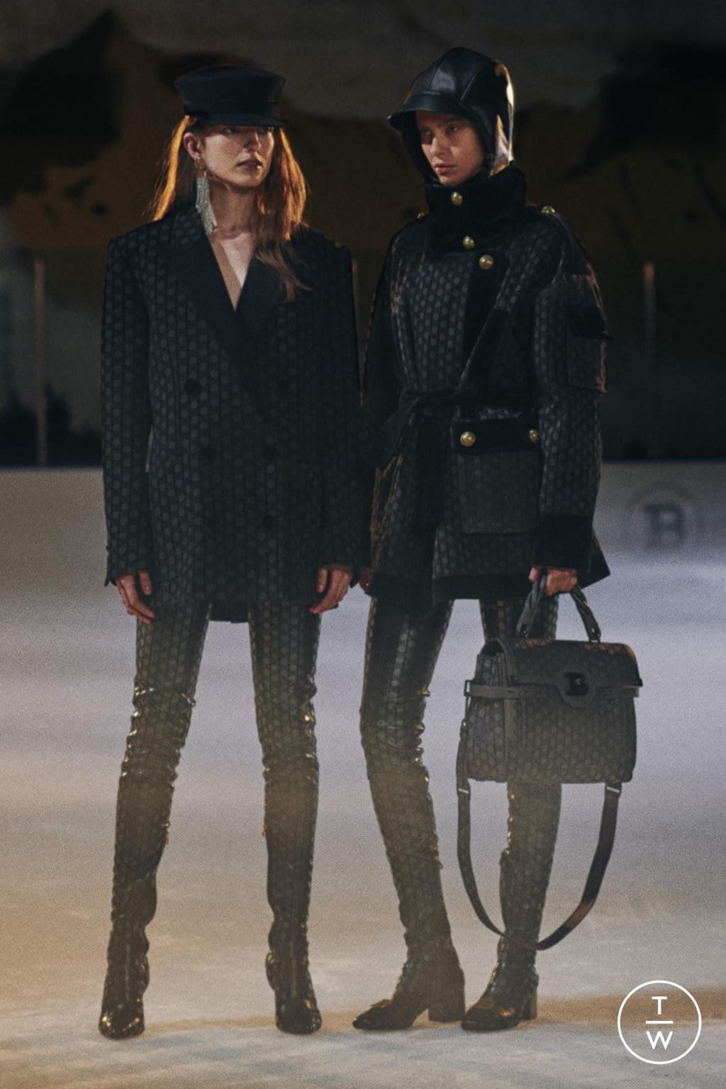 Fashion Week Paris Pre-Fall 2020 look 15 from the Balmain collection 女装