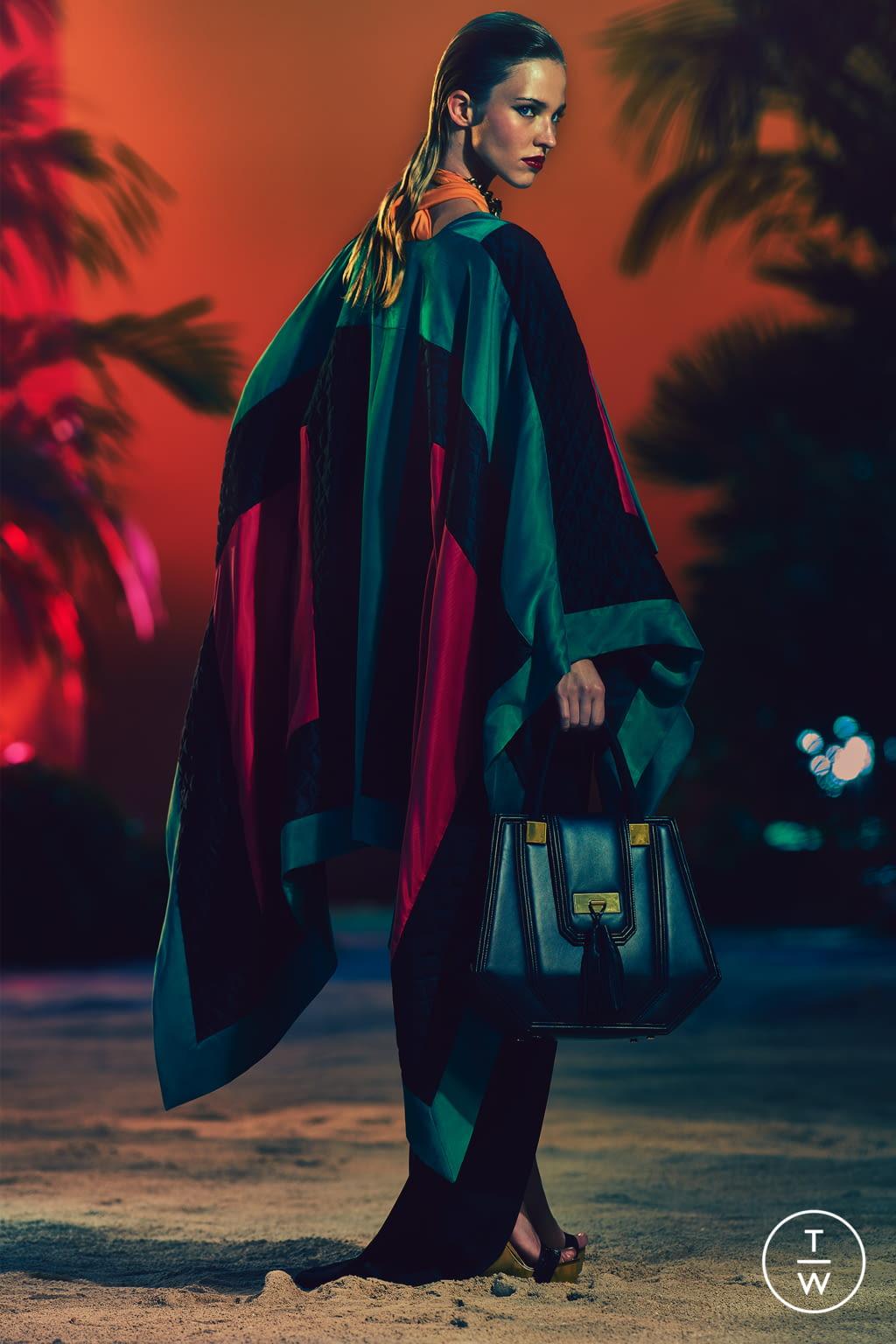 Fashion Week Paris Resort 2017 look 26 from the Balmain collection womenswear